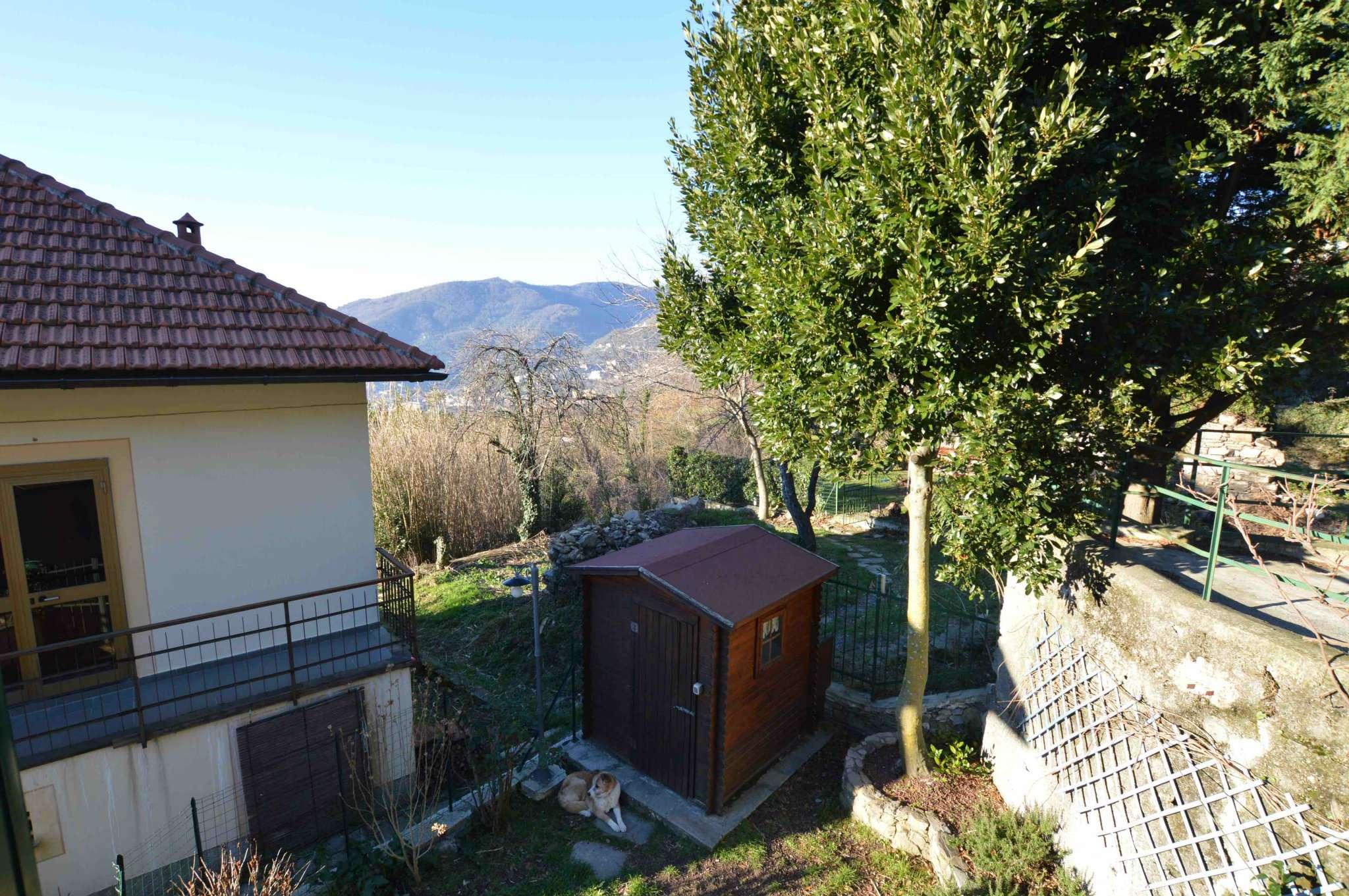 Foto 1 di Appartamento via Spallarossa, Genova (zona Fontanegli)