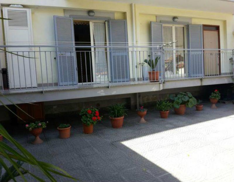 Villa in vendita a Villaricca, 5 locali, prezzo € 278.000 | Cambiocasa.it