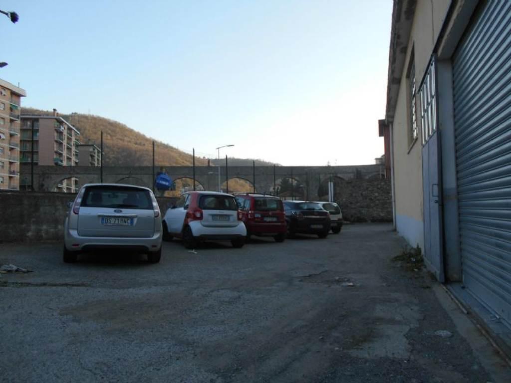 Capannone in affitto a Genova, 1 locali, prezzo € 2.800 | Cambio Casa.it