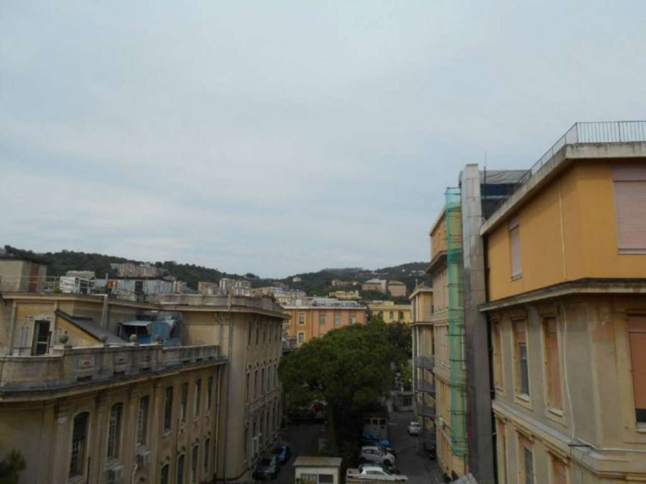 Bilocale Genova Via L.b. Albertis 6