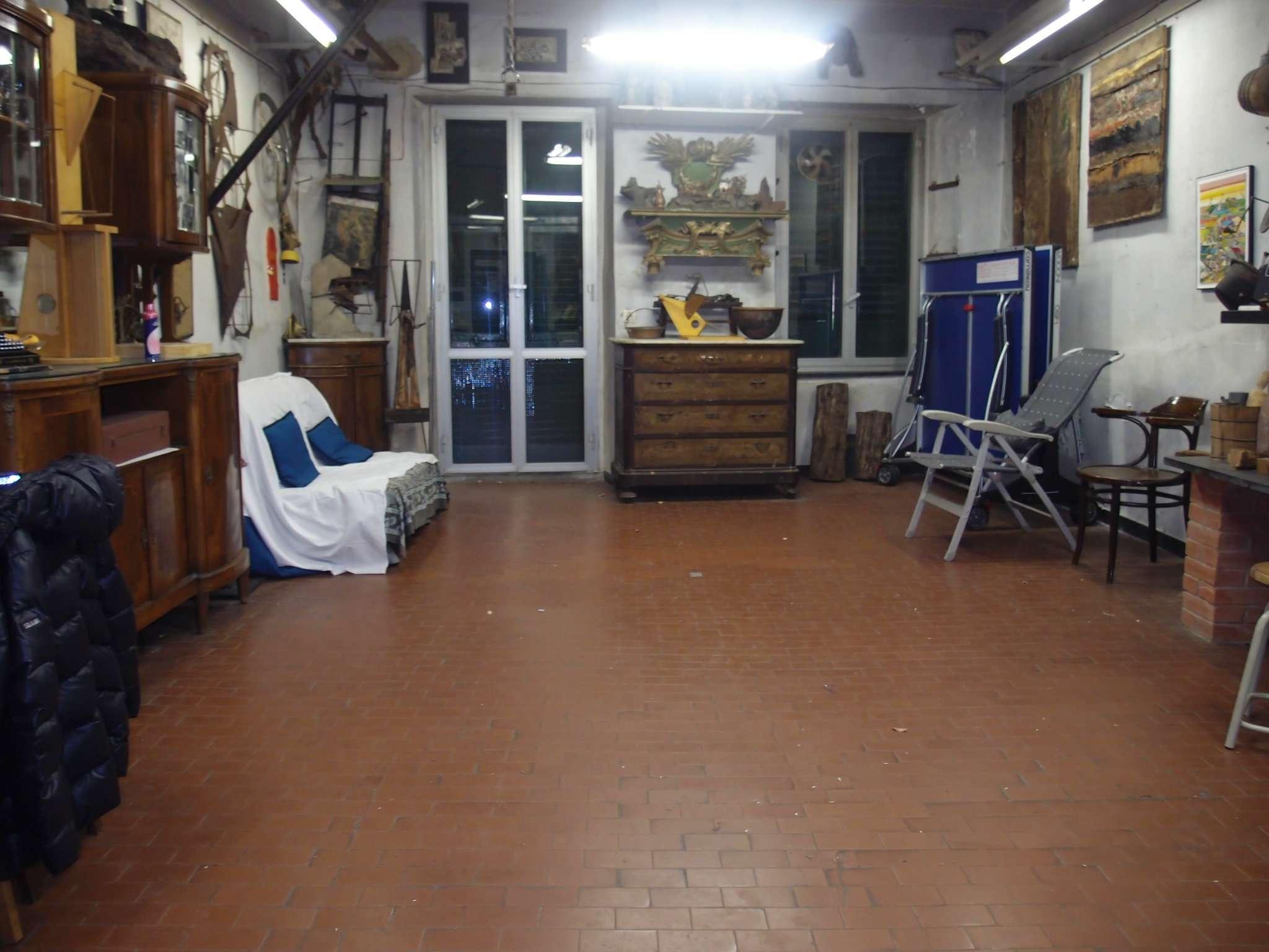 Laboratorio in affitto a Genova, 9999 locali, zona Zona: 4 . S.Fruttuoso-Borgoratti-S.Martino, prezzo € 400 | Cambio Casa.it