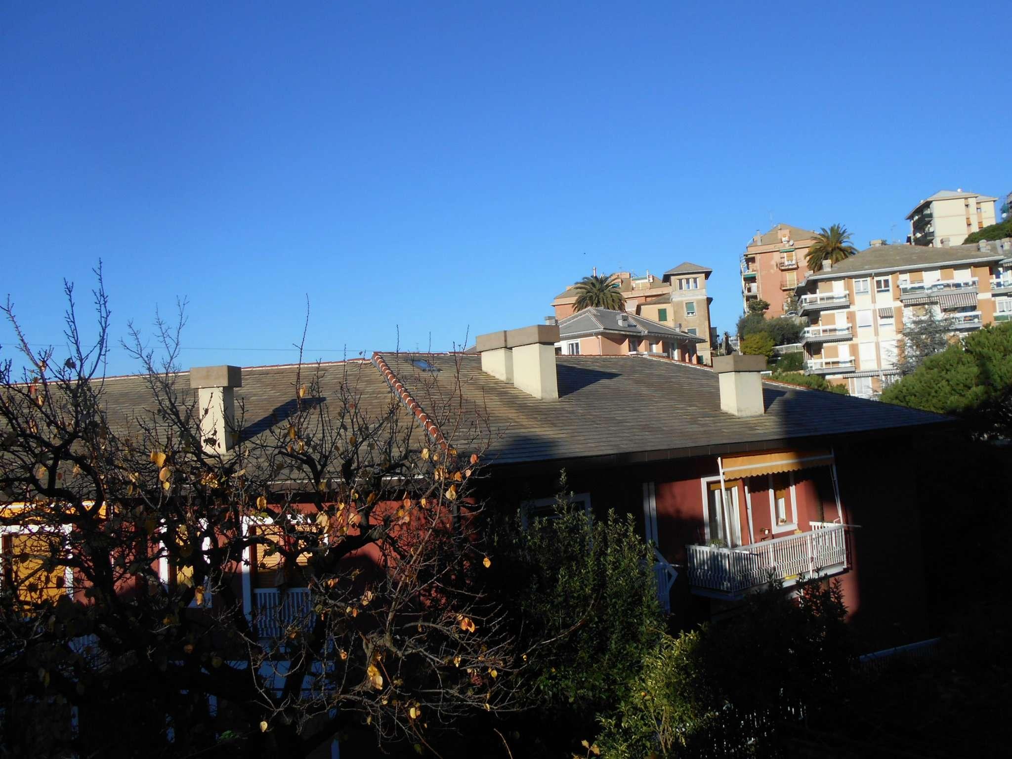 Soluzione Indipendente in affitto a Genova, 2 locali, zona Zona: 19 . Quarto, prezzo € 500 | Cambio Casa.it