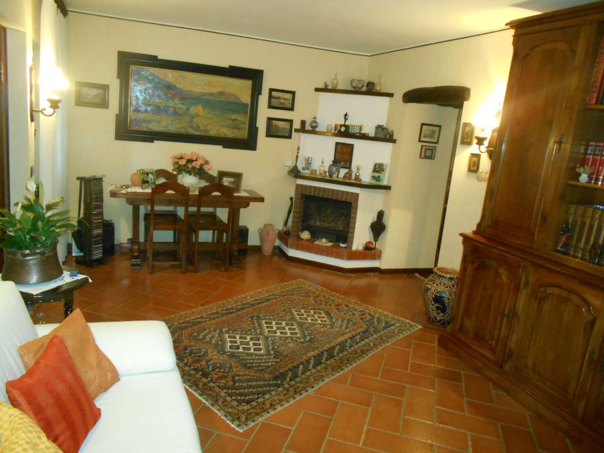 Soluzione Indipendente in vendita a Avegno, 9999 locali, prezzo € 298.000   CambioCasa.it