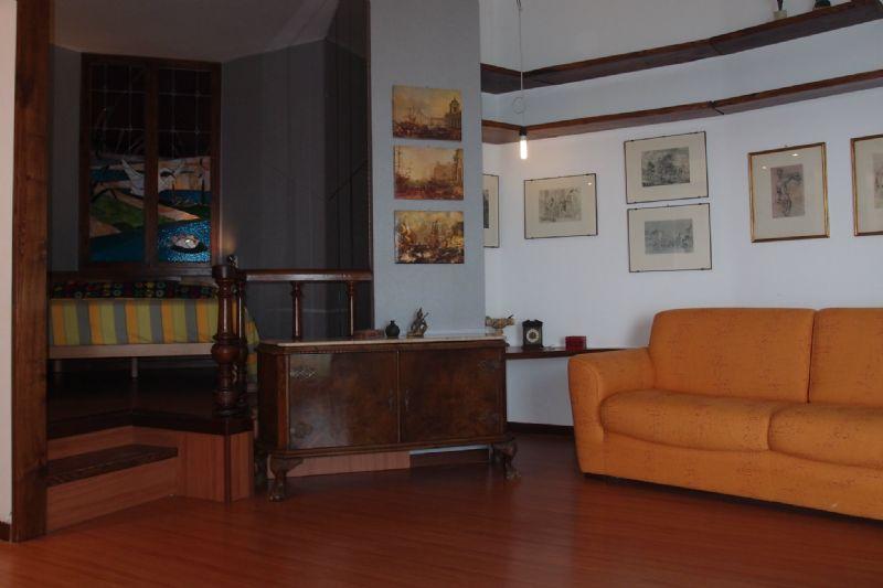 Bilocale Genova Via Privata Via Fabrizi 9