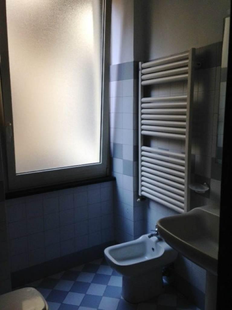 Bilocale Milano Via Sant'agnese 13