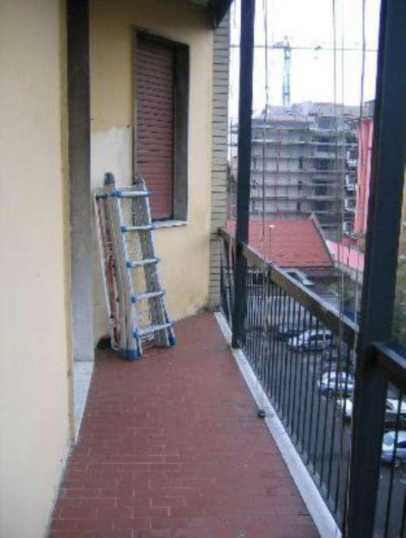 Bilocale Milano Via Bernstein 1