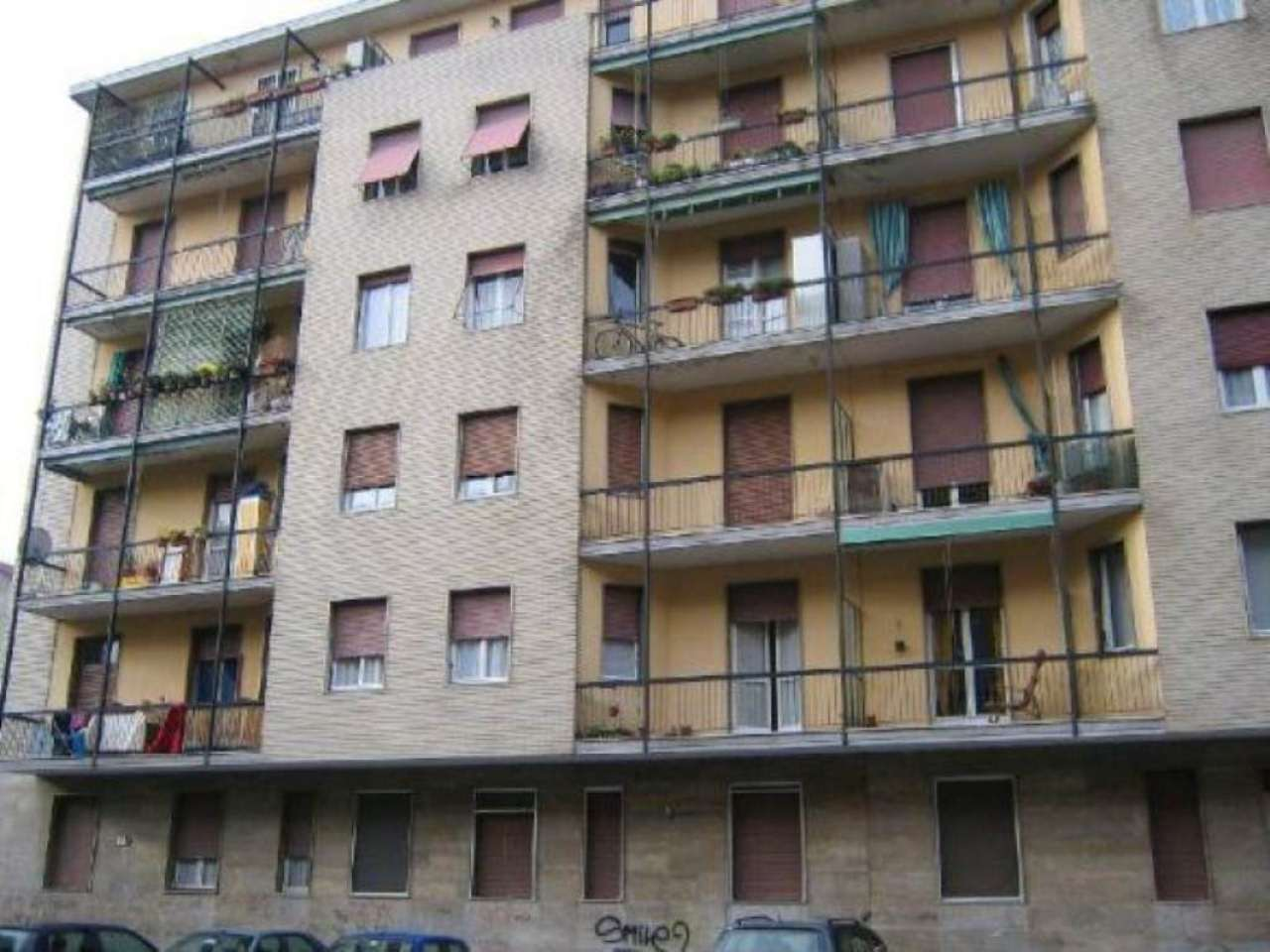 Bilocale Milano Via Bernstein 5