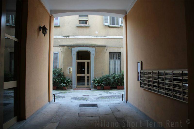 Bilocale Milano Via Gaetano De Castilla 1