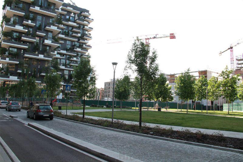 Bilocale Milano Via Gaetano De Castilla 12