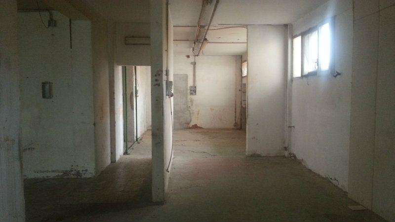 Ufficio / Studio in vendita a Firenze, 9999 locali, zona Zona: 2 . Piana di Castello, Pistoiese, prezzo € 90.000 | Cambiocasa.it