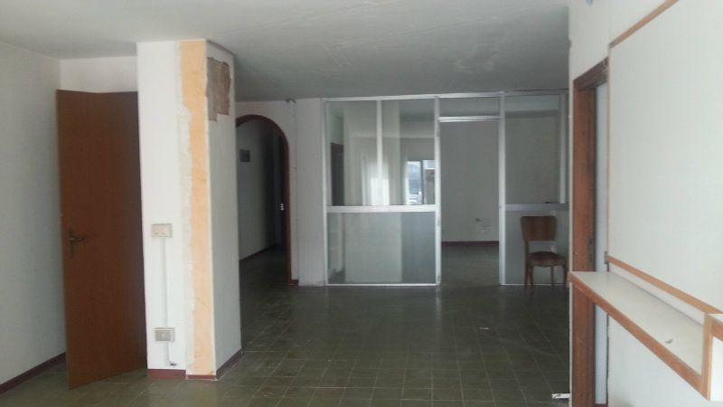 Ufficio / Studio in vendita a Firenze, 1 locali, zona Zona: 3 . Il Lippi, Novoli, Barsanti, prezzo € 100.000 | Cambiocasa.it