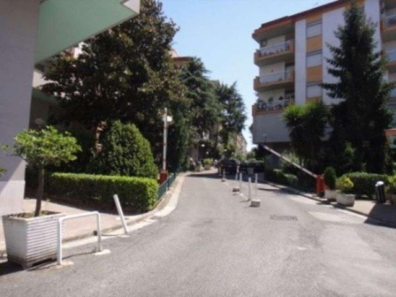 Bilocale Napoli Via Nuova San Rocco 2