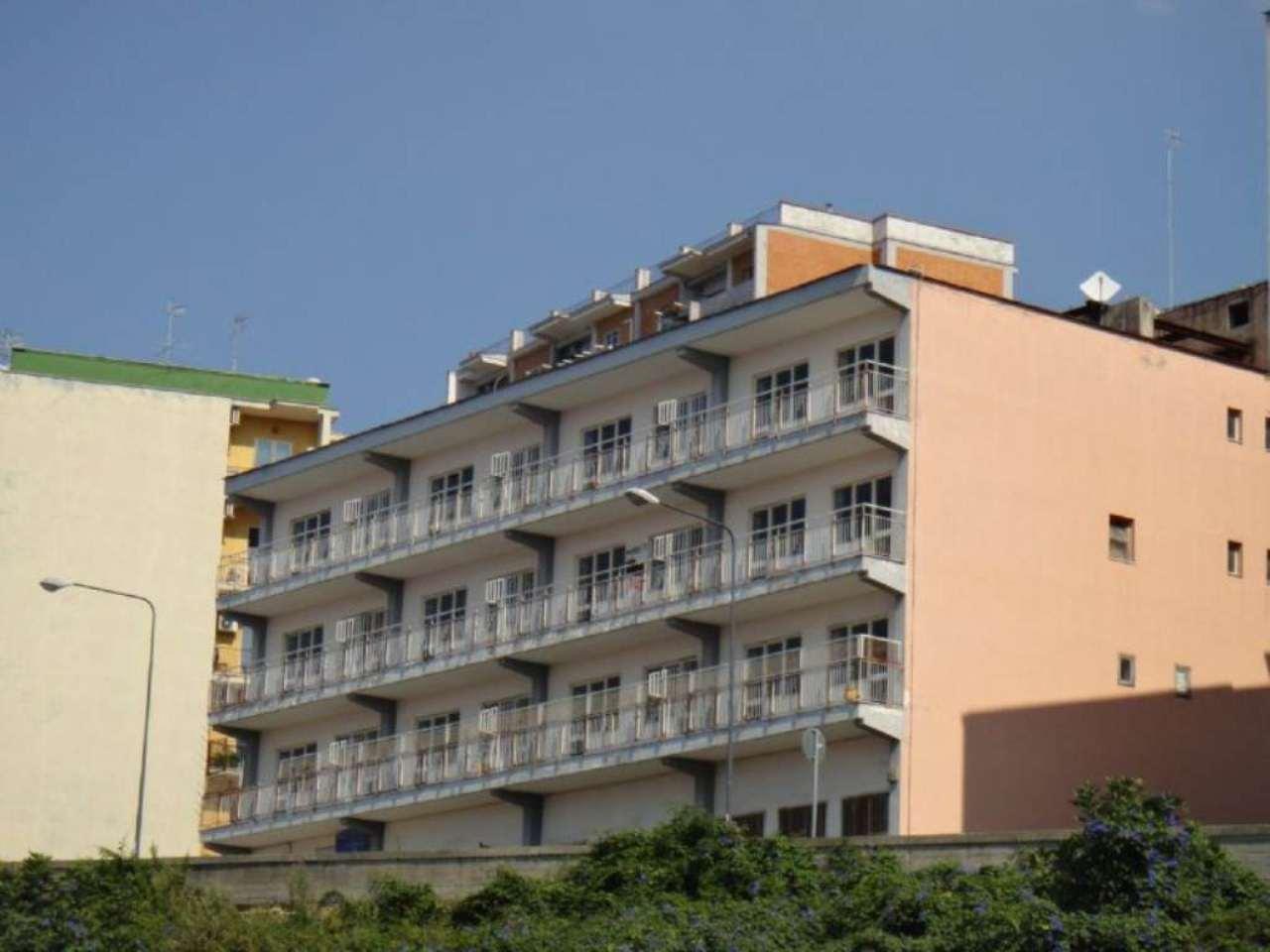 Palazzo / Stabile in vendita a Napoli, 25 locali, zona Zona: 1 . Chiaia, Posillipo, San Ferdinando, prezzo € 3.200.000 | CambioCasa.it