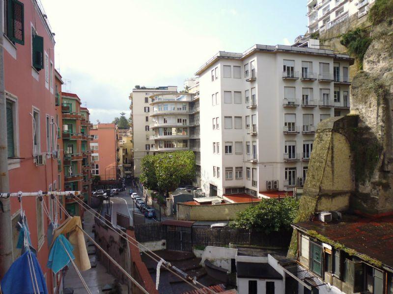 Bilocale Napoli Via Mergellina 3