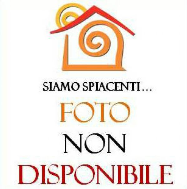 Bilocale Napoli Via Mergellina 12