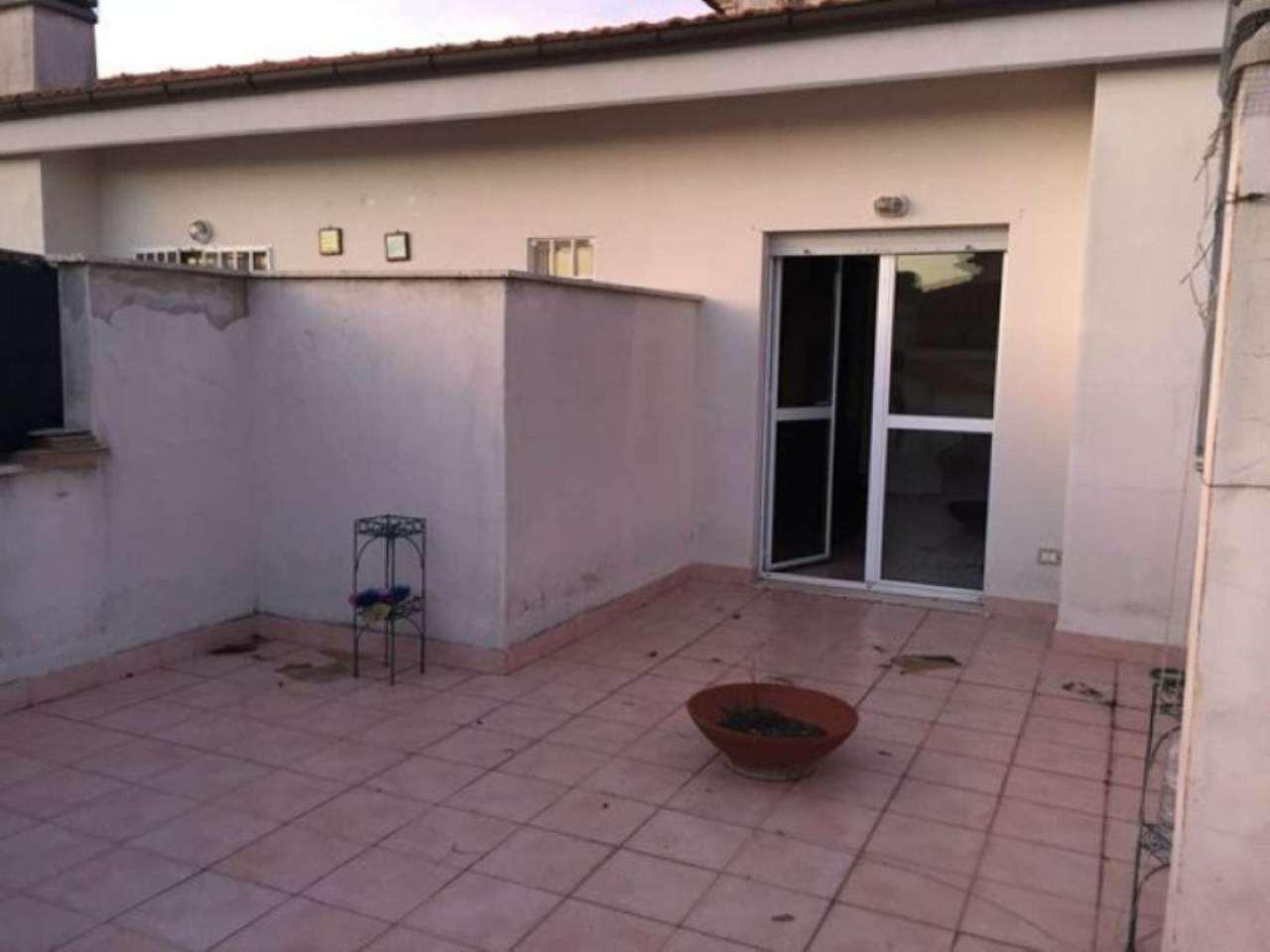 Bilocale Bracciano Via Delle Magnolie 11