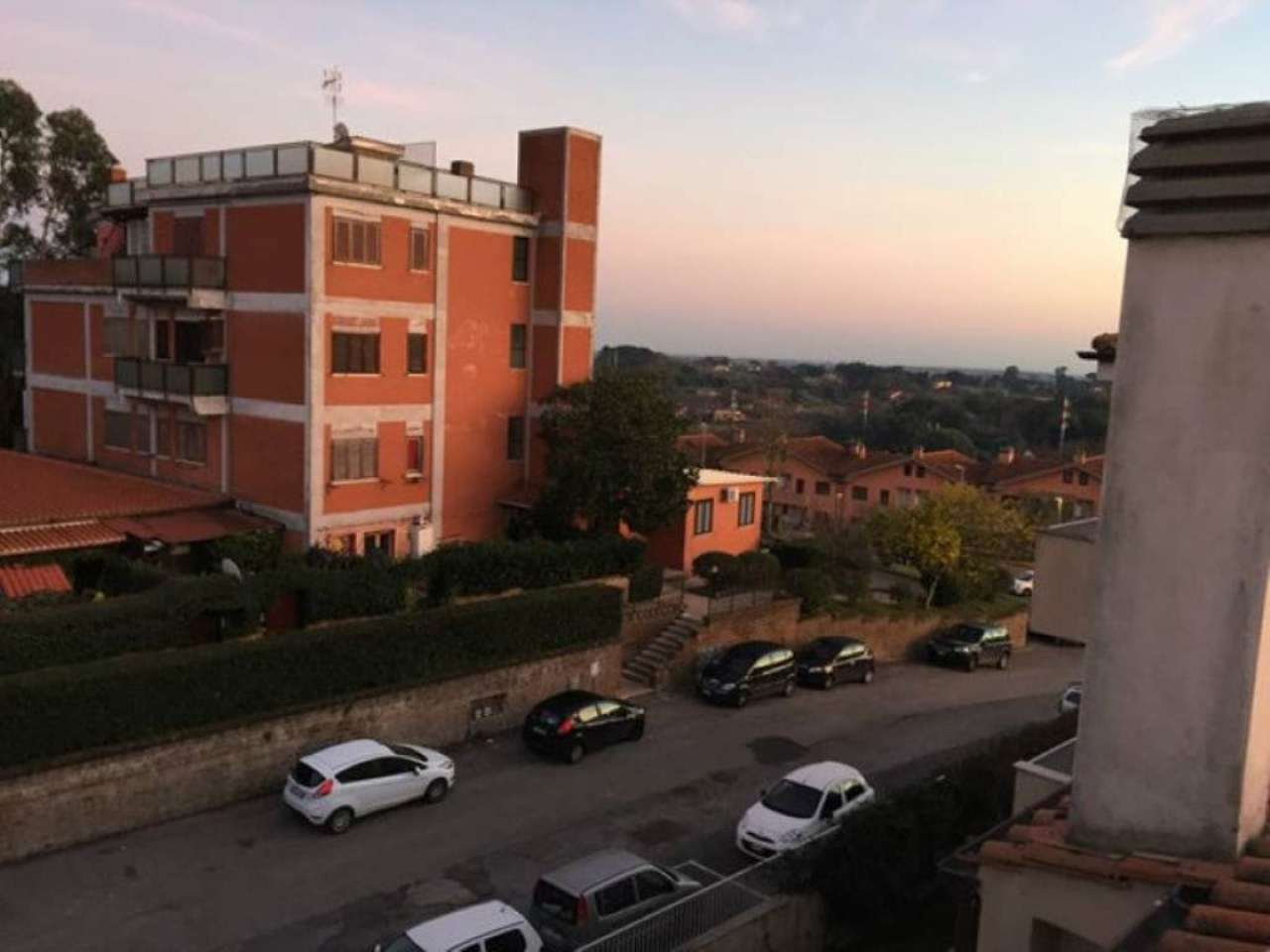 Bilocale Bracciano Via Delle Magnolie 12