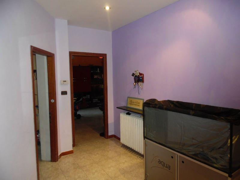 Appartamento in affitto a Reggio Emilia, 5 locali, prezzo € 550 | Cambio Casa.it