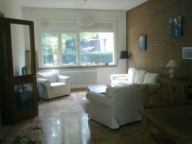 Soluzione Indipendente in affitto a Reggio Emilia, 5 locali, prezzo € 1.250 | Cambio Casa.it