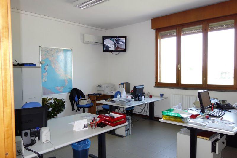 Capannone in affitto a Reggio Emilia, 1 locali, prezzo € 2.500 | Cambio Casa.it
