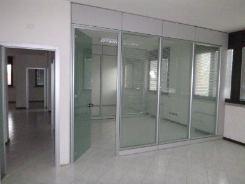 Ufficio / Studio in vendita a Bagnolo in Piano, 5 locali, prezzo € 332.000 | Cambio Casa.it