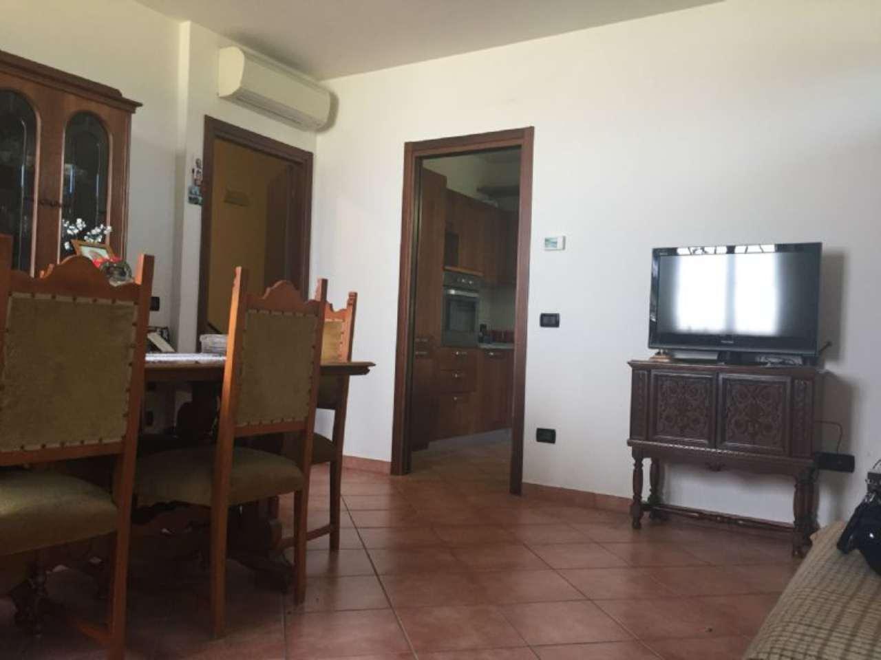Appartamento in vendita a Bagnolo in Piano, 5 locali, prezzo € 215.000 | Cambio Casa.it
