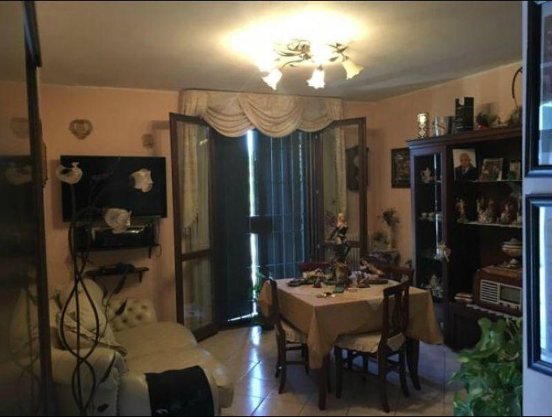 Appartamento in vendita a Bagnolo in Piano, 3 locali, prezzo € 150.000 | Cambio Casa.it