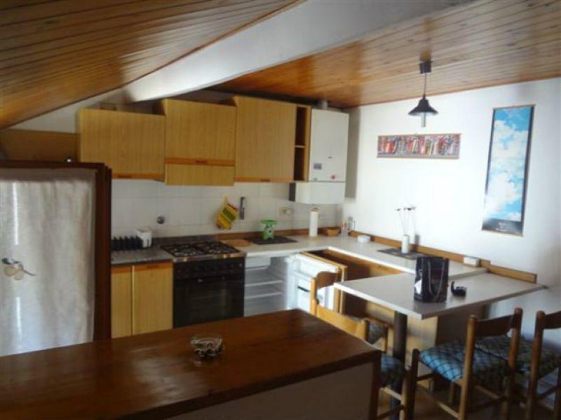 Attico / Mansarda in affitto a Reggio Emilia, 2 locali, prezzo € 450 | Cambio Casa.it