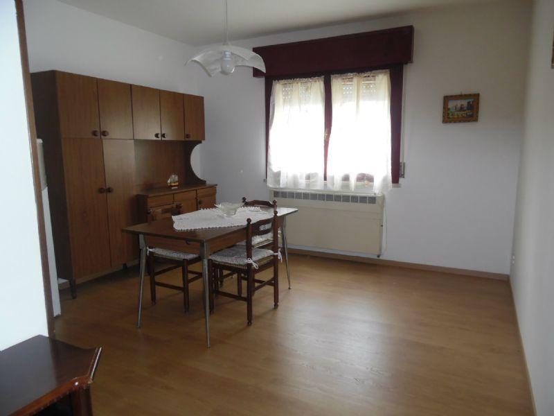 Appartamento in affitto a Bagnolo in Piano, 2 locali, prezzo € 400 | Cambio Casa.it