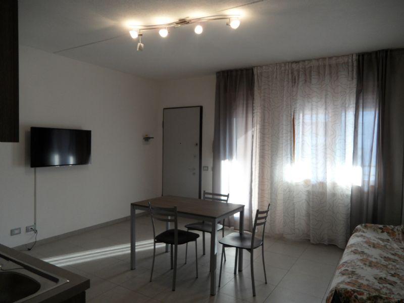 Appartamento in affitto a Reggio Emilia, 2 locali, prezzo € 500 | Cambio Casa.it