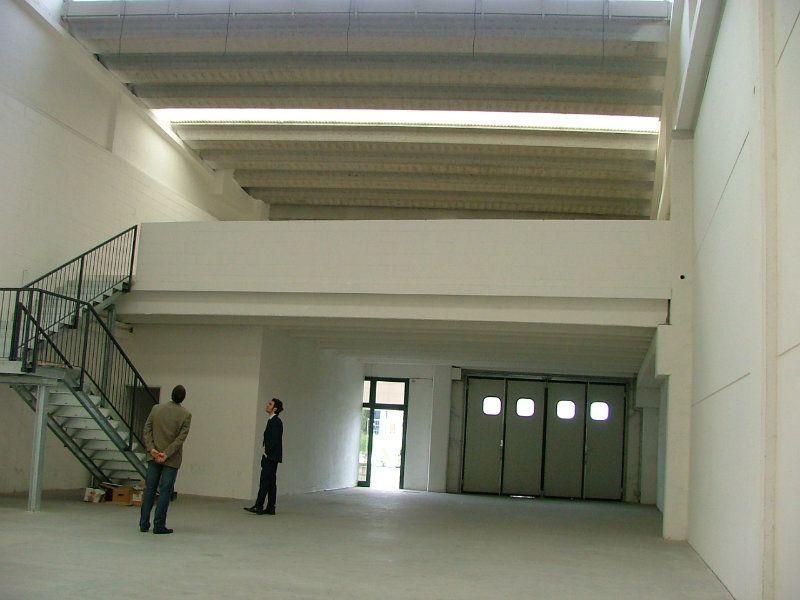Capannone in vendita a Reggio Emilia, 2 locali, prezzo € 370.000 | Cambio Casa.it