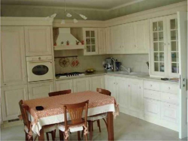 Appartamento in vendita a Monte Colombo, 3 locali, prezzo € 185.000 | Cambio Casa.it