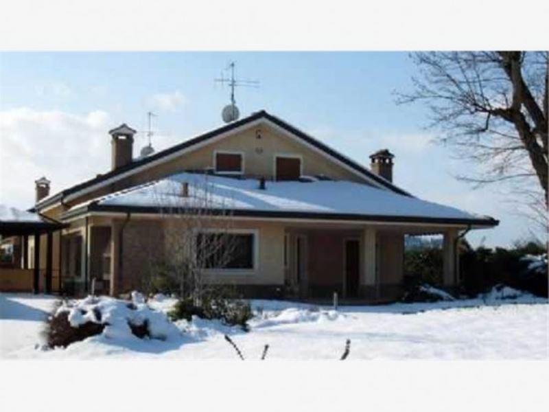 Villa in vendita a Cesena, 9999 locali, prezzo € 750.000   Cambio Casa.it