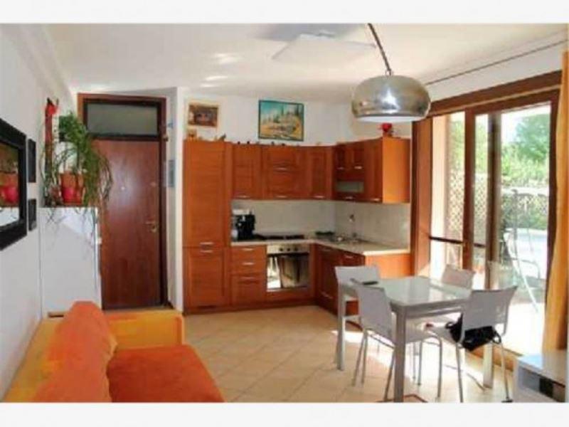 Appartamento in vendita a Coriano, 3 locali, prezzo € 240.000 | Cambio Casa.it