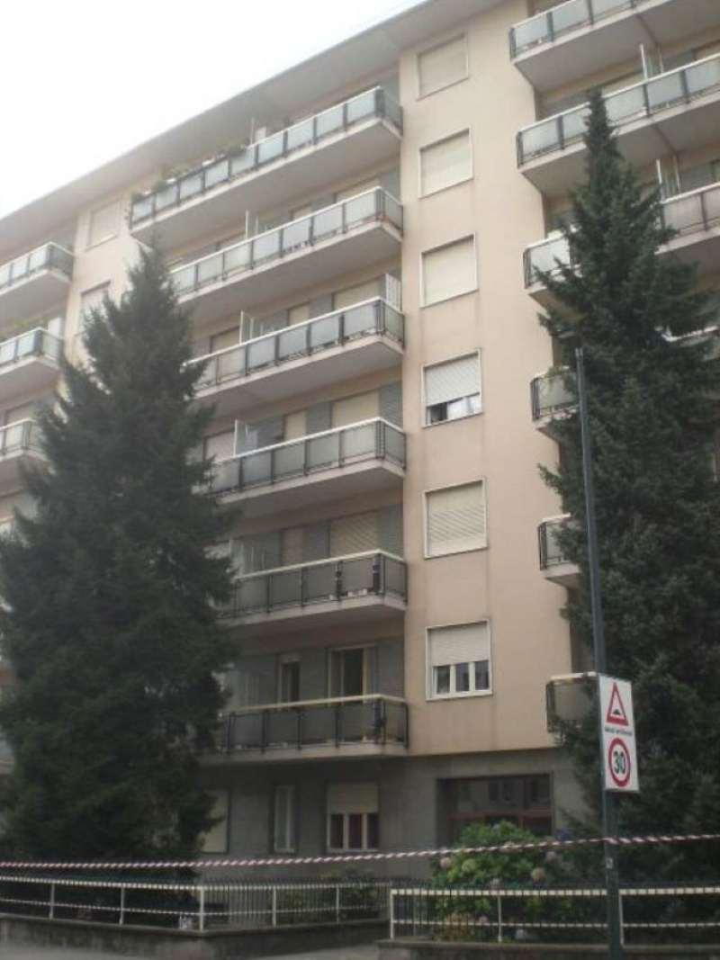 Bilocale Torino Via Valentino Carrera 12