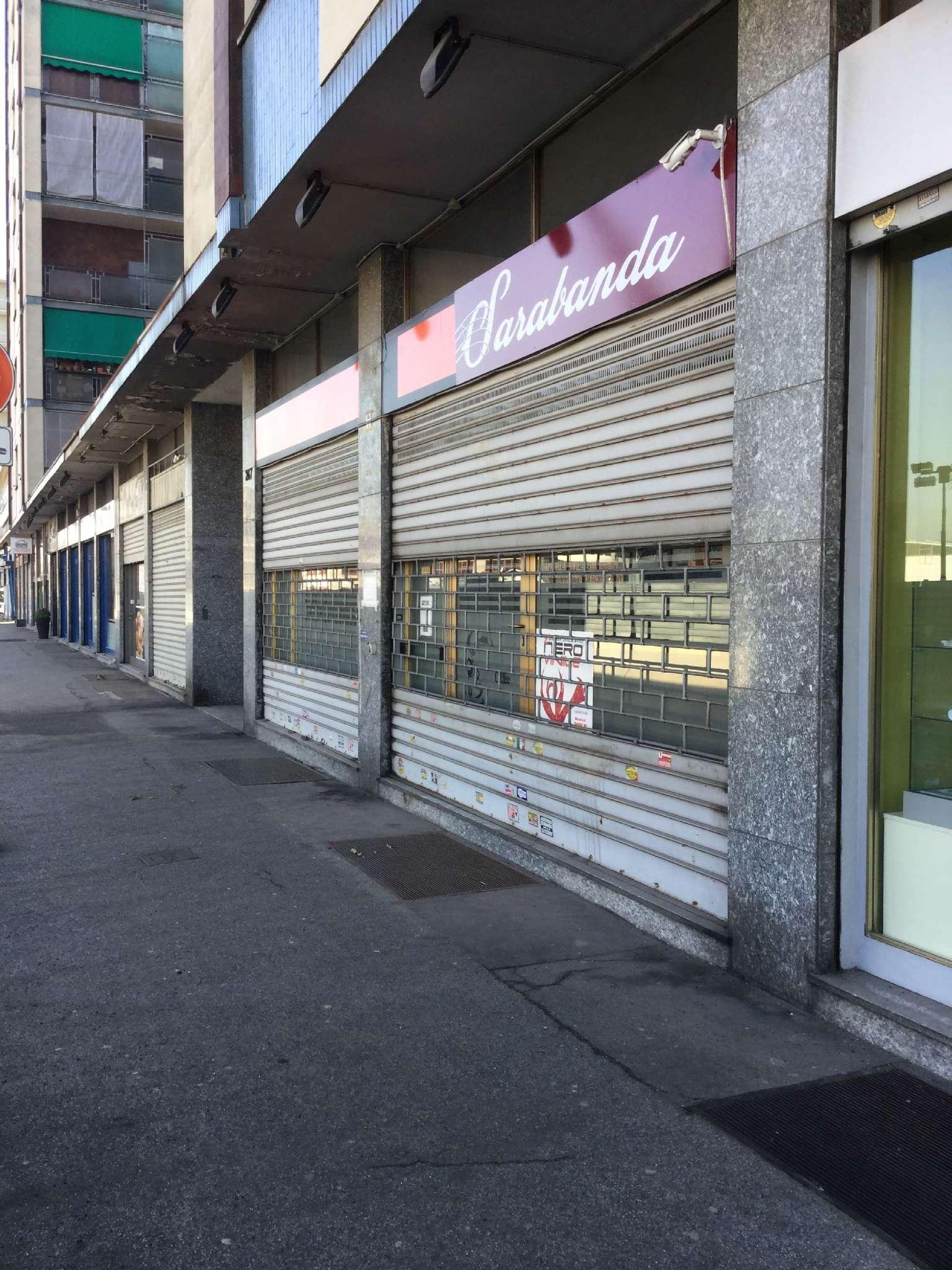 Negozio in affitto Zona Madonna di Campagna, Borgo Vittoria... - corso CORSO GROSSETO 247 Torino