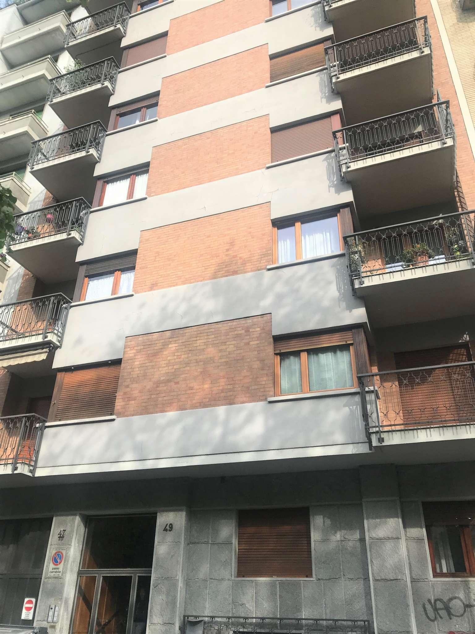 Foto 1 di Trilocale corso CORSO TRAPANI, Torino (zona Cenisia, San Paolo)