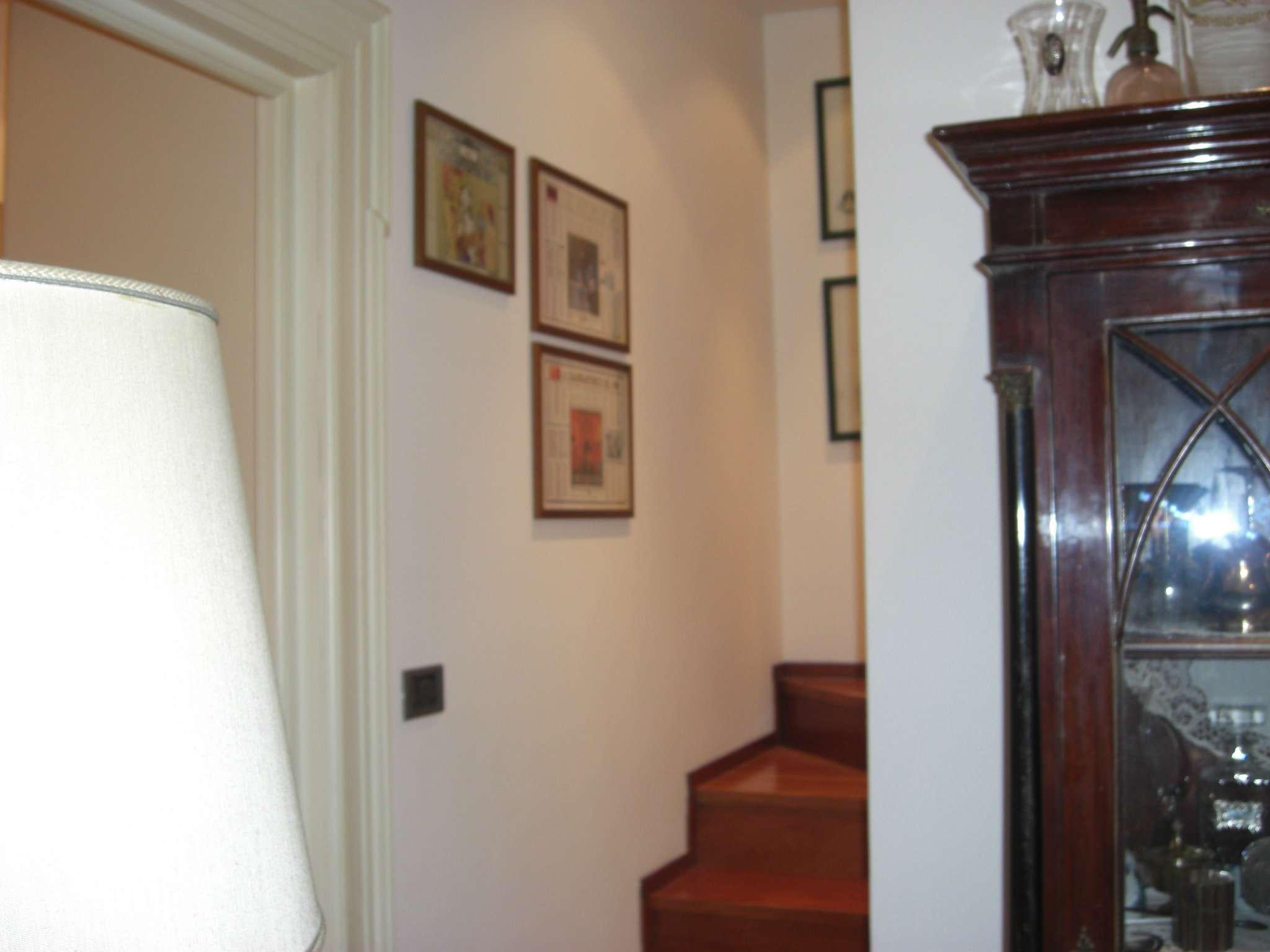 Bilocale Torino Via Vincenzo Vela 8