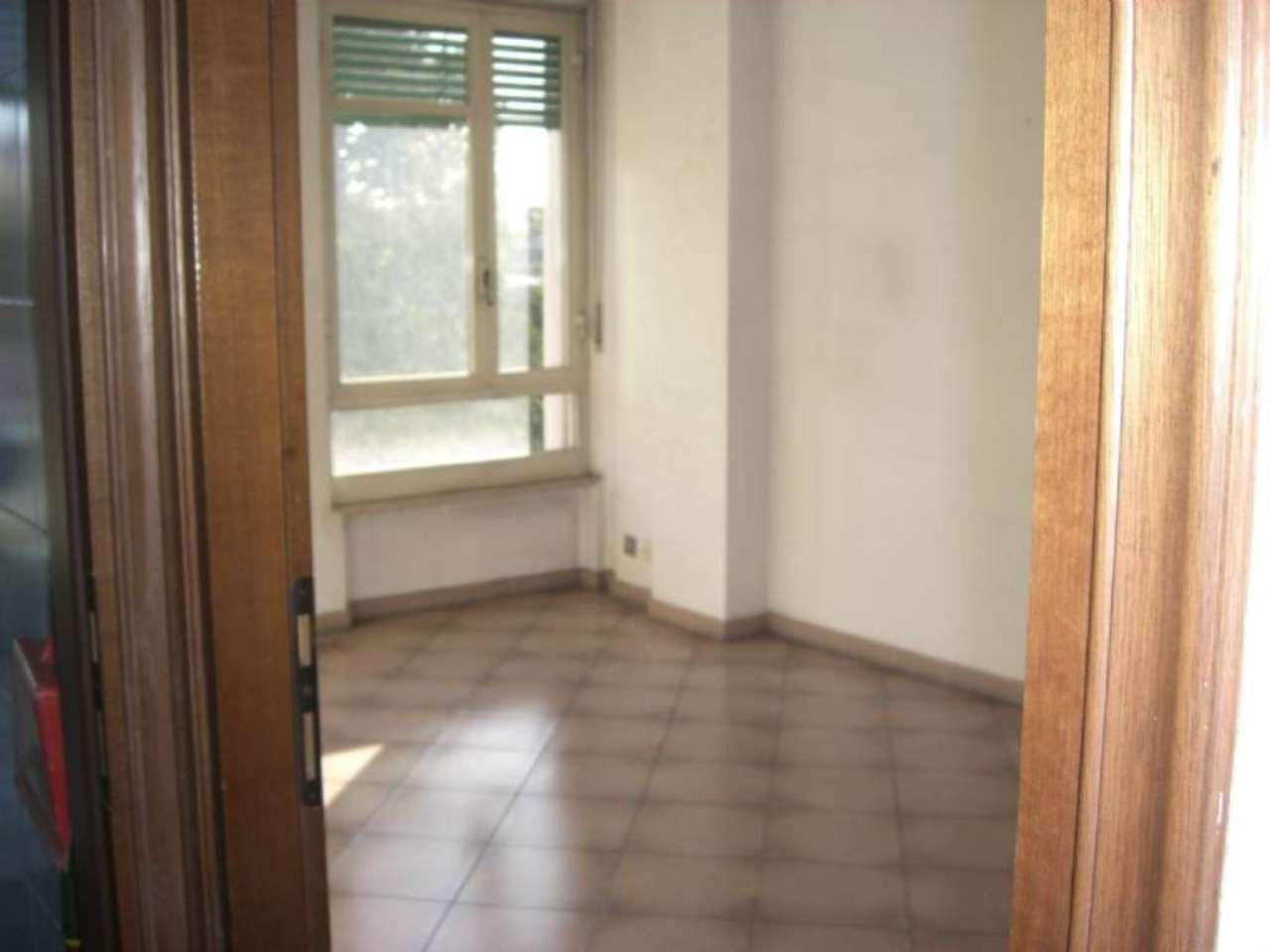Bilocale Torino Corso Rosselli 5