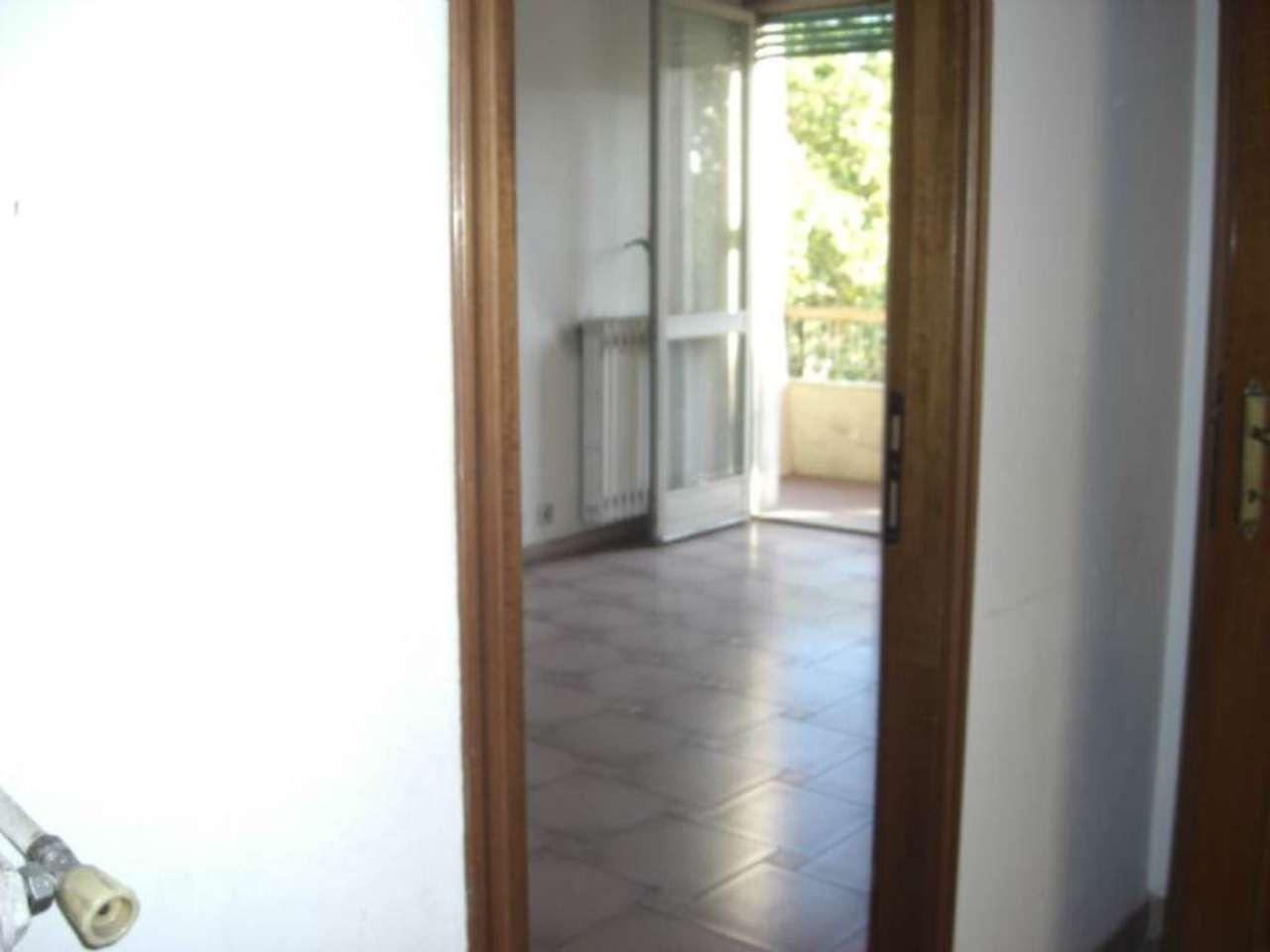 Bilocale Torino Corso Rosselli 10