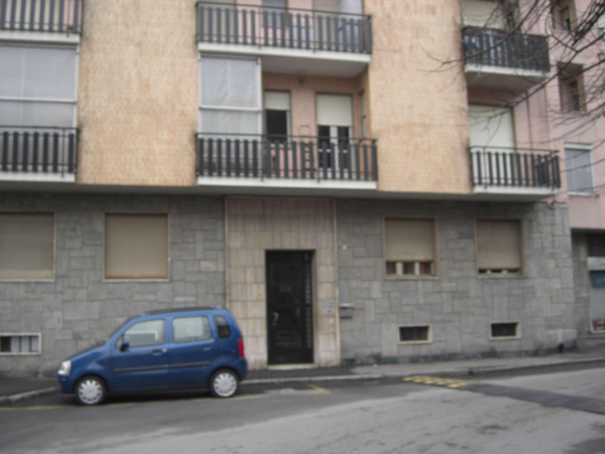 Bilocale Settimo Torinese Via Buonarroti Michelangelo 1