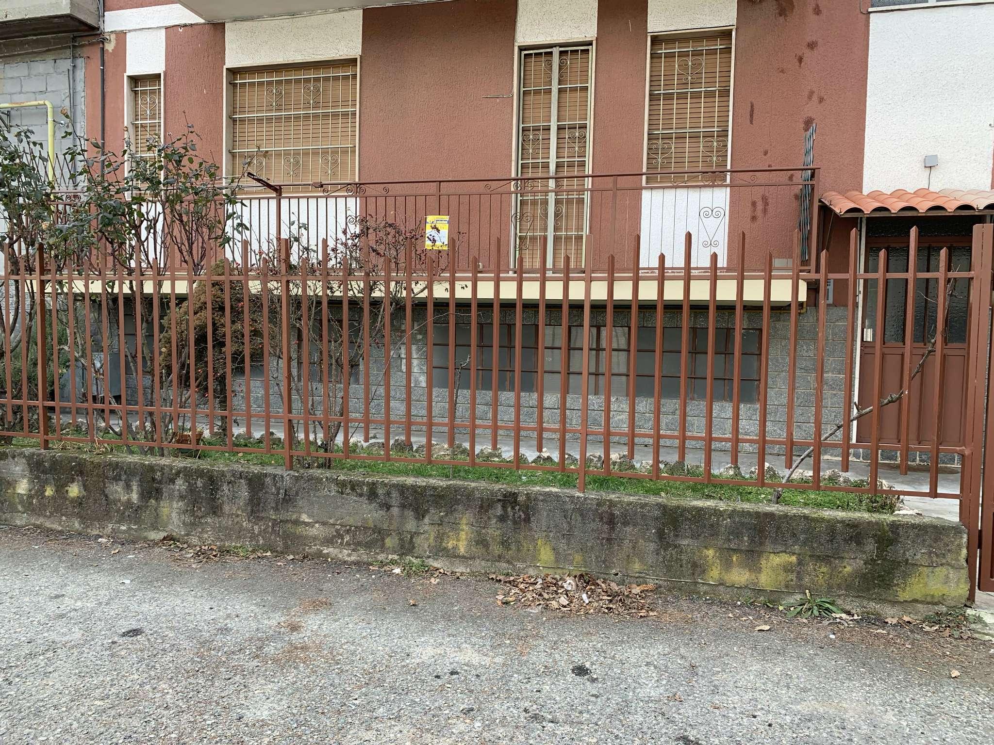 Foto 1 di Bilocale via  Michelangelo Buonarroti 40, Bruino
