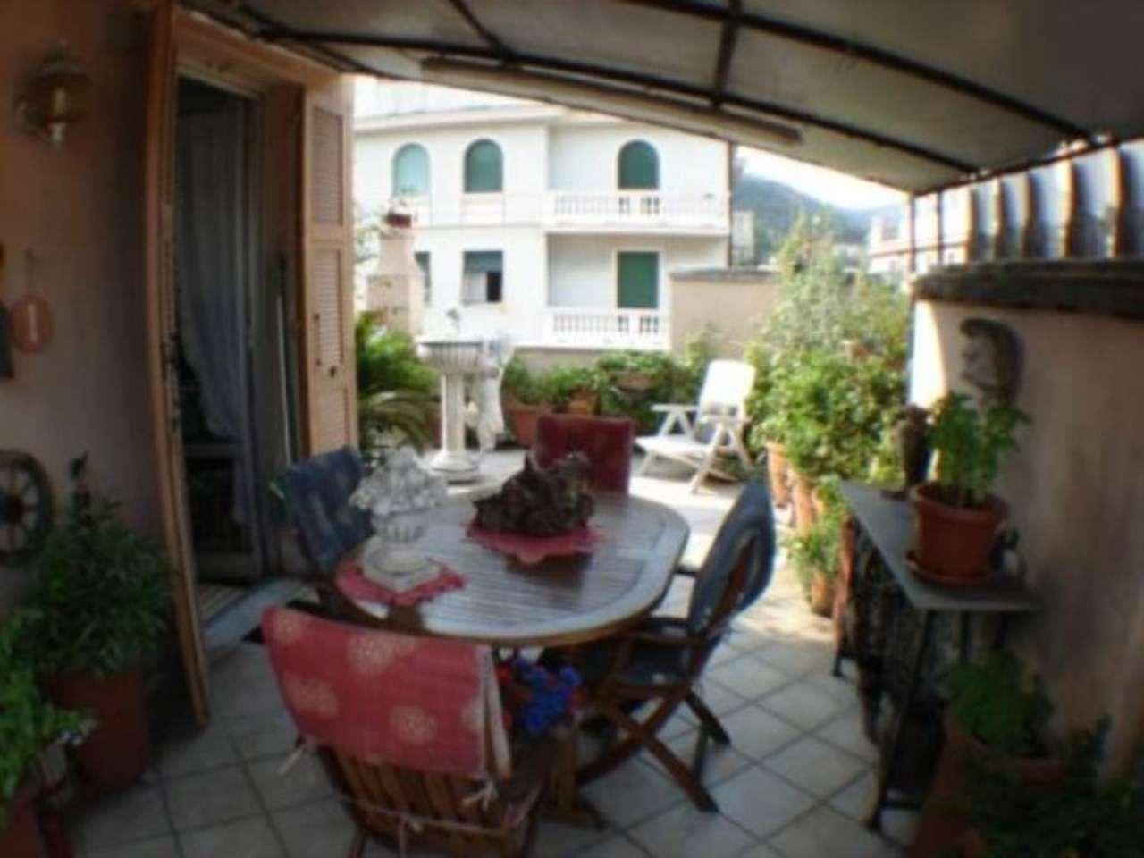 Bilocale Genova Via Cabella 3