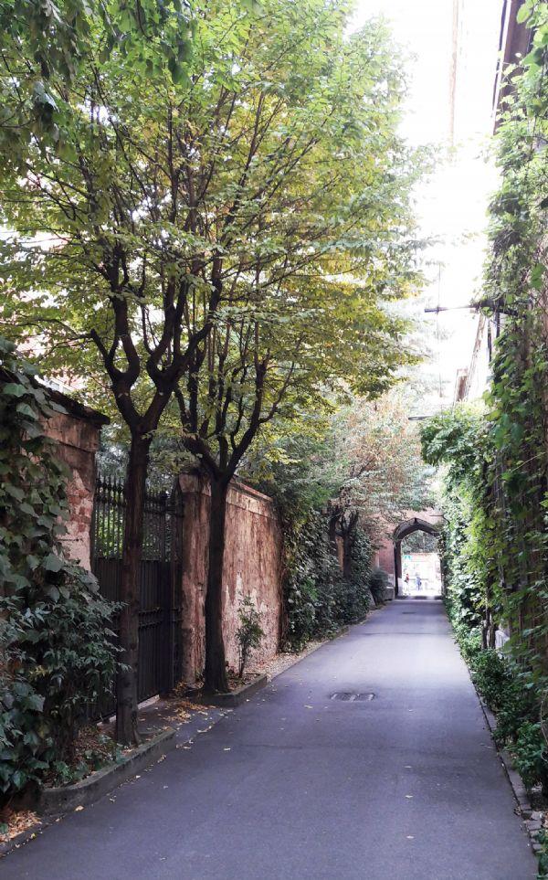 Bilocale Milano Via Conservatorio 10