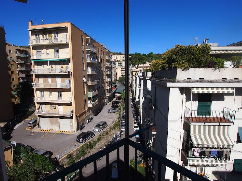 Bilocale Genova Via Sapeto 7