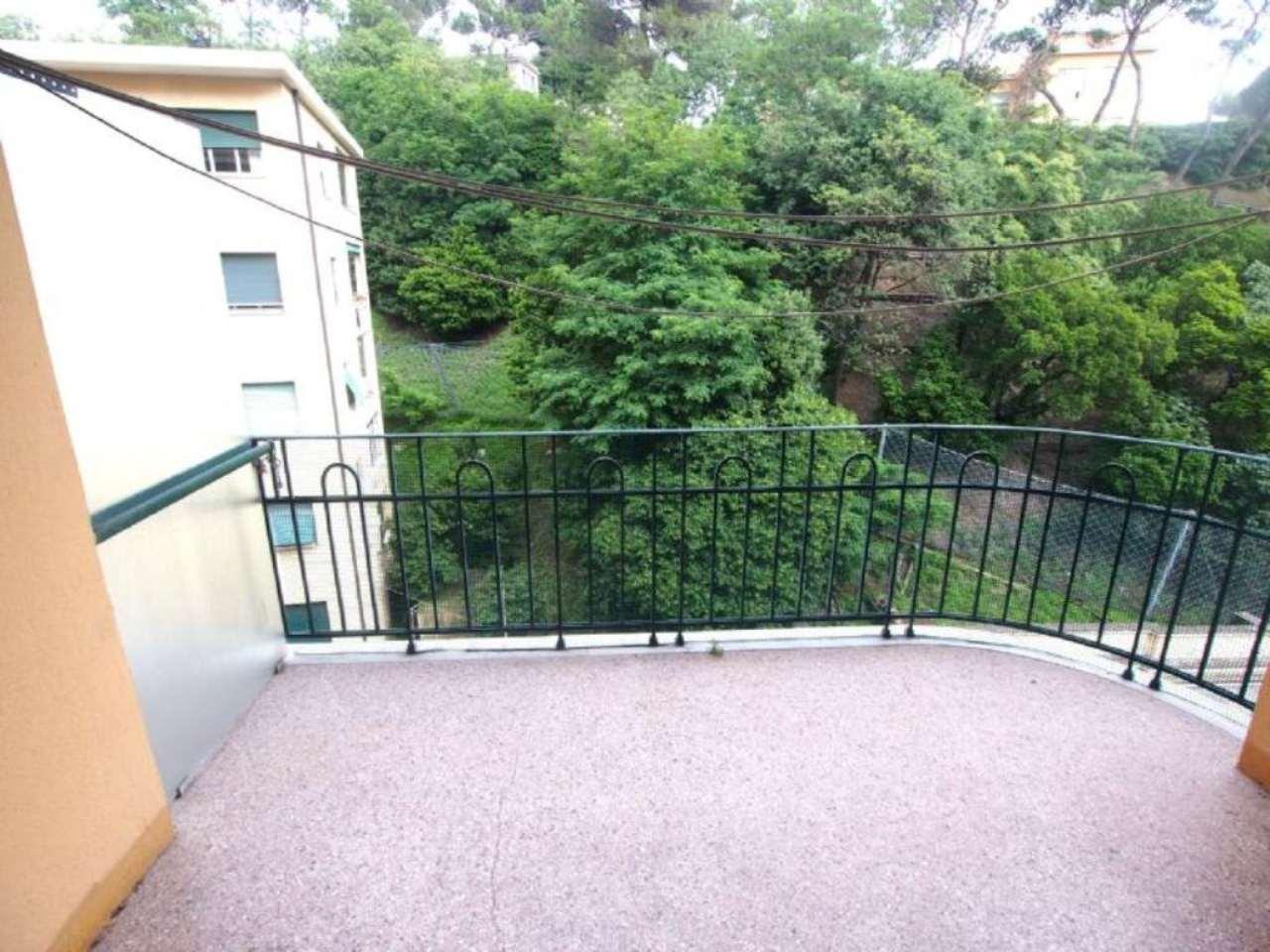 Appartamento in affitto a Genova, 5 locali, zona Zona: 4 . S.Fruttuoso-Borgoratti-S.Martino, prezzo € 500 | Cambio Casa.it