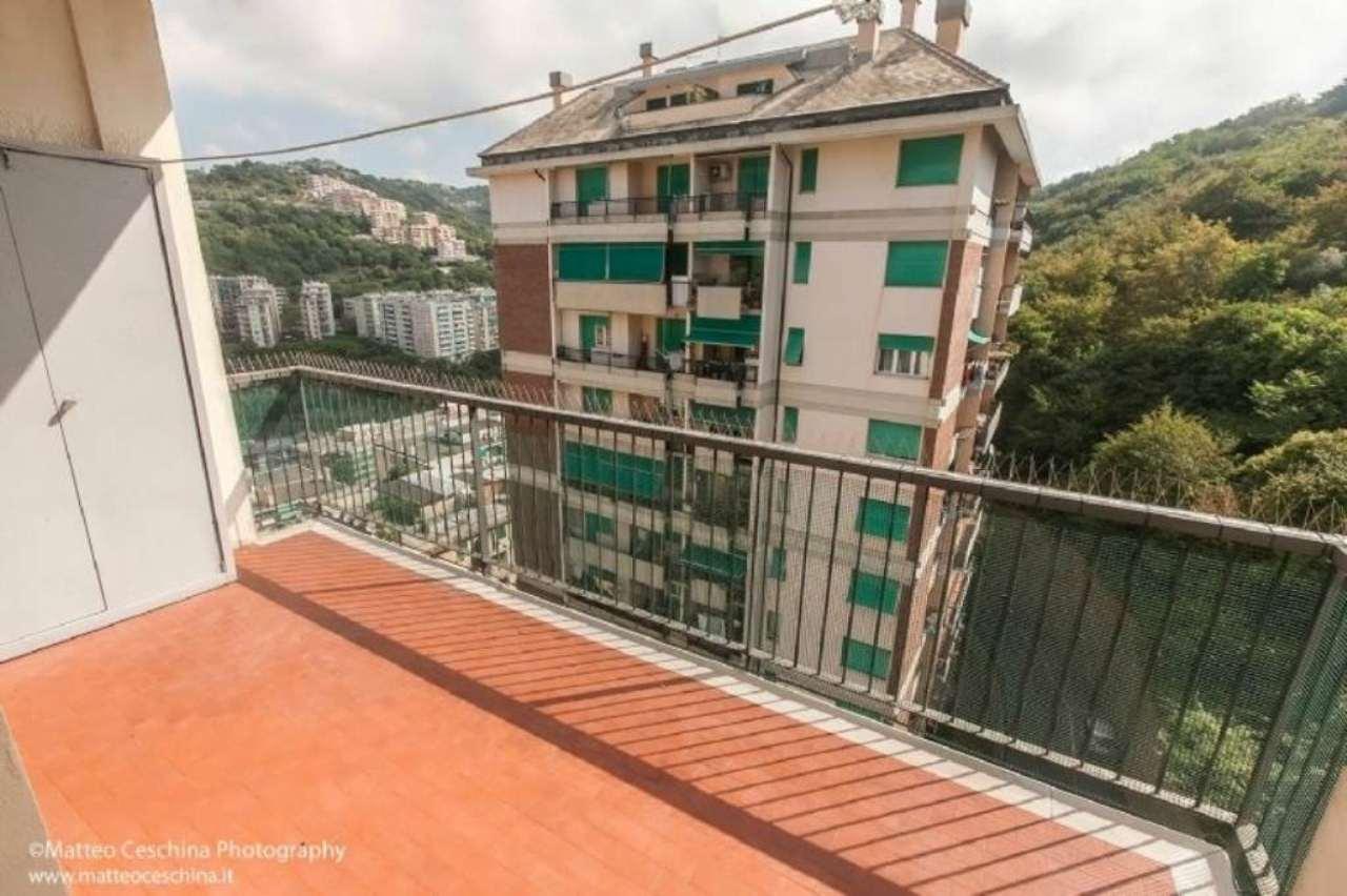 Bilocale Genova Via Antolini 1