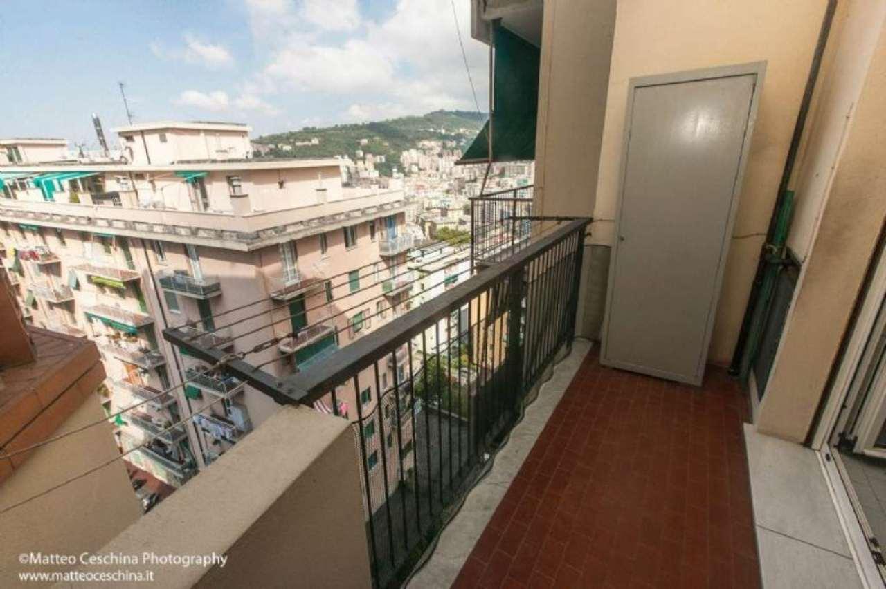 Bilocale Genova Via Antolini 9