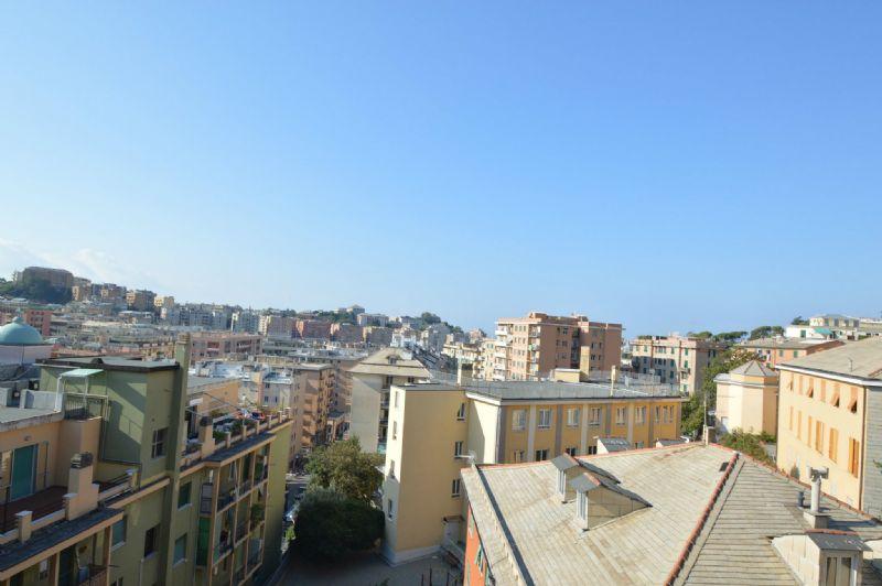 Appartamento in affitto a Genova, 7 locali, zona Zona: 4 . S.Fruttuoso-Borgoratti-S.Martino, prezzo € 600 | Cambio Casa.it