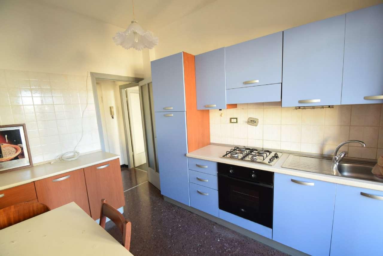 Foto 1 di Appartamento via Edera, Genova (zona Quezzi)